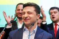 Опрос: половина жителей Украины одобряют действия Зеленского